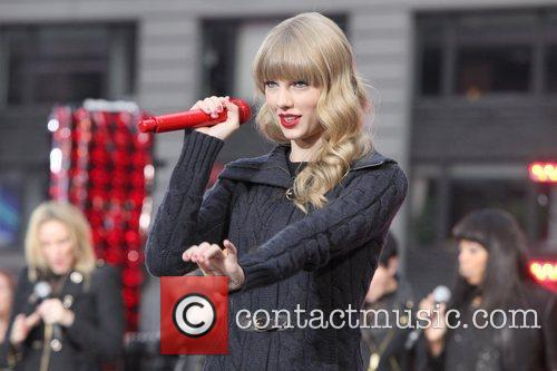 Taylor Swift, Times Square, Good Morning America, Times Square and Good Morning America 8
