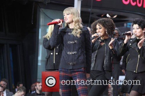 Taylor Swift, Times Square, Good Morning America, Times Square and Good Morning America 31