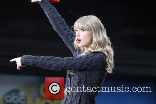 Taylor Swift, Times Square, Good Morning America, Times Square and Good Morning America 16