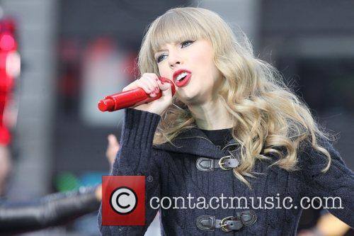 Taylor Swift, Times Square, Good Morning America, Times Square and Good Morning America 33