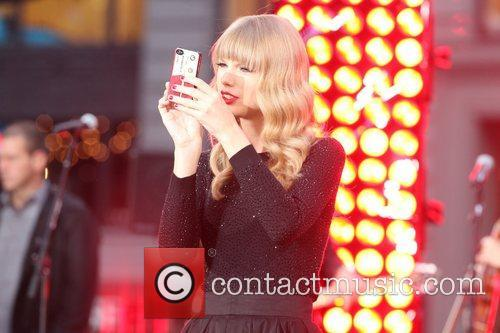 Taylor Swift, Times Square, Good Morning America, Times Square and Good Morning America 4