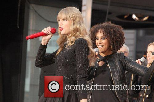 Taylor Swift, Times Square, Good Morning America, Times Square and Good Morning America 28