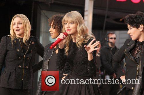 Taylor Swift, Times Square, Good Morning America, Times Square and Good Morning America 2