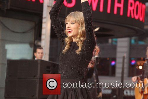 Taylor Swift, Times Square, Good Morning America, Times Square and Good Morning America 11