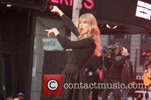 Taylor Swift, Times Square, Good Morning America, Times Square and Good Morning America 23