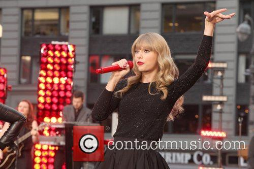 Taylor Swift, Times Square, Good Morning America, Times Square and Good Morning America 18
