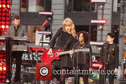 Taylor Swift, Times Square, Good Morning America, Times Square and Good Morning America 27