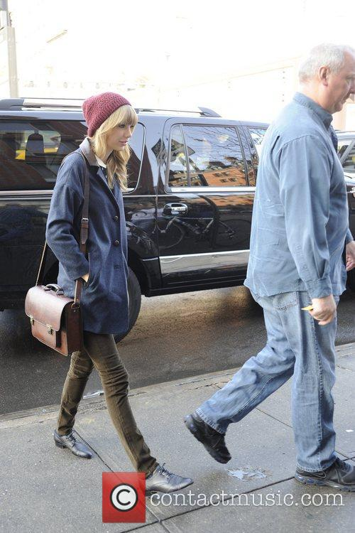 Taylor Swift, Chelsea and Manhattan 3