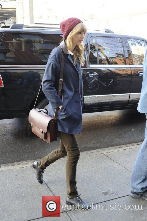 Taylor Swift, Chelsea and Manhattan 10