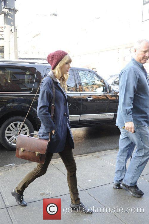 Taylor Swift, Chelsea and Manhattan 14