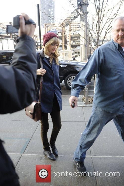 Taylor Swift, Chelsea and Manhattan 8