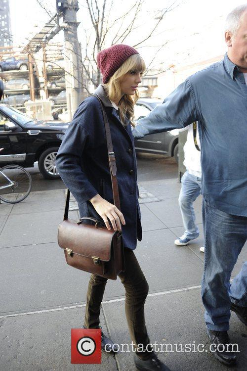 Taylor Swift, Chelsea and Manhattan 4