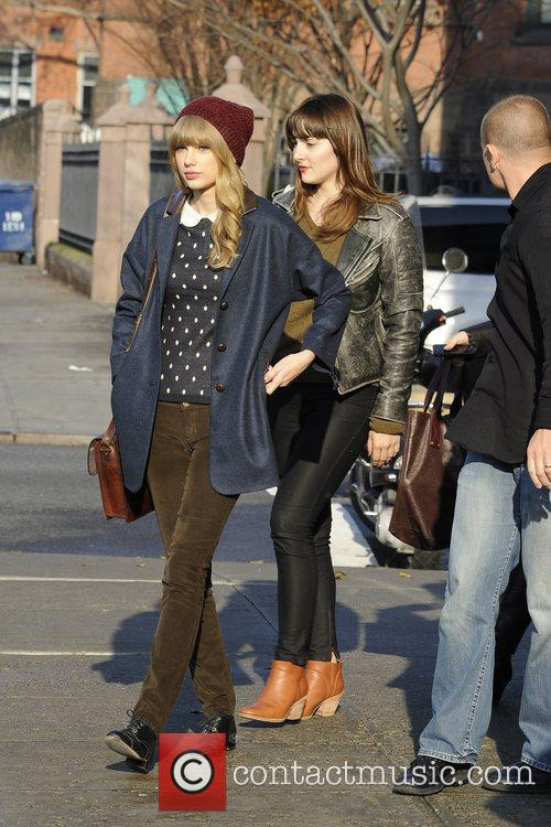 Taylor Swift, Chelsea and Manhattan 13