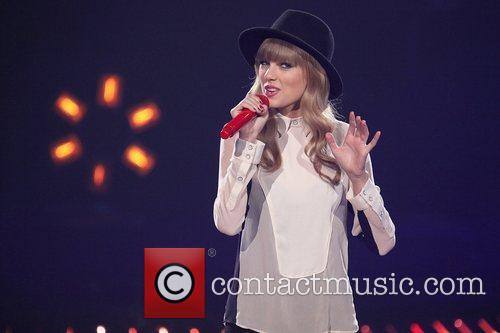 Taylor Swift and The X Factor 10