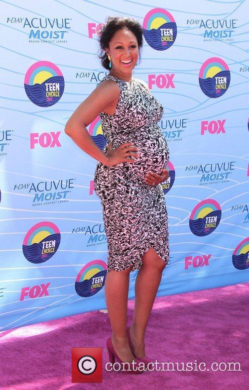 Tamera Mowry and Gibson Amphitheatre 3