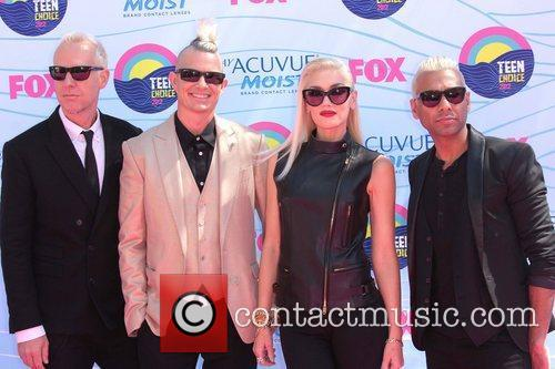 Dumont, Adrian Young, Gwen Stefani, No Doubt and Gibson Amphitheatre 2