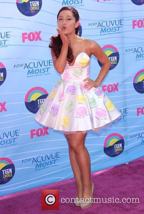 Ariana Grande 1