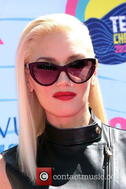 Gwen Stefani and Gibson Amphitheatre 3