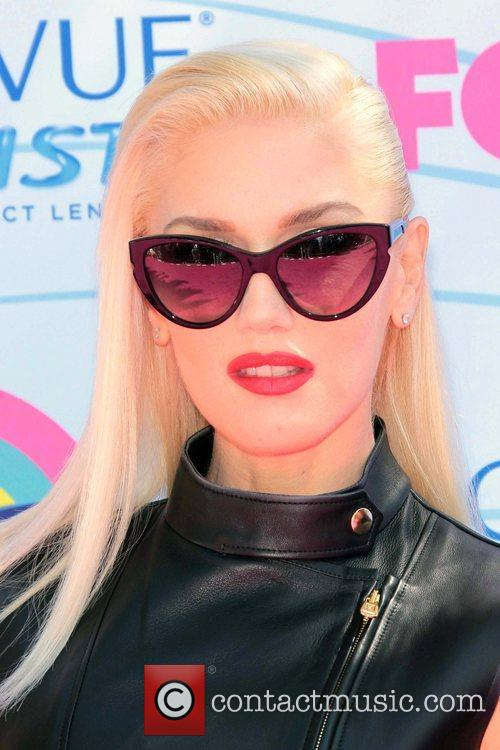 Gwen Stefani and Gibson Amphitheatre 1