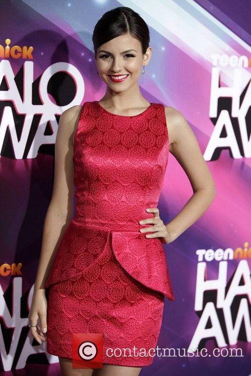 victoria justice nickelodeons 2012 teennick halo awards 5954186