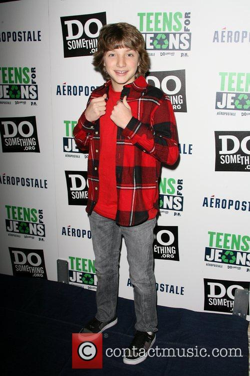 jake short dosomethingorg and aeropostale celebrate launch 3677271
