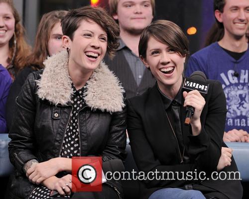 Tegan Quin and Sarah Quin 2