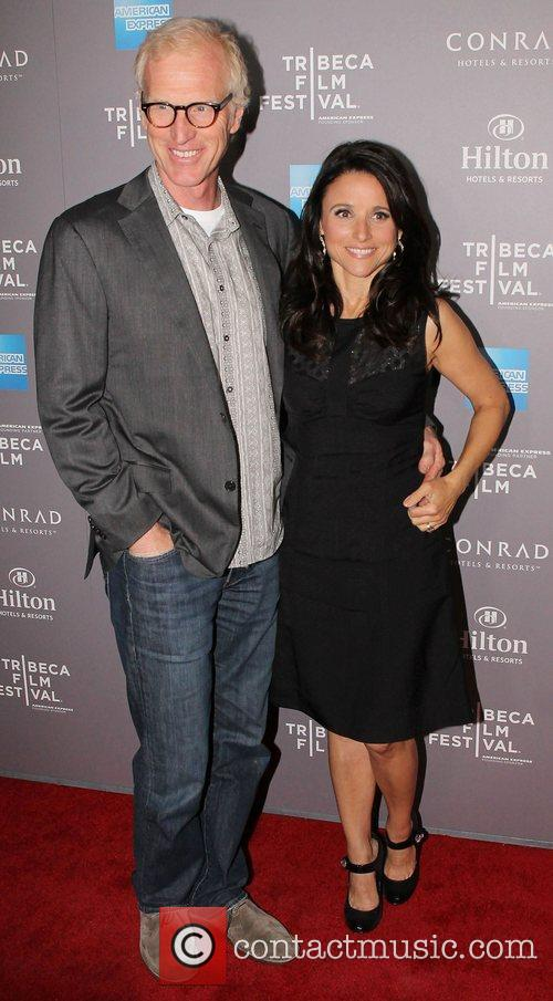 brad hall and julia louis dreyfus 2012 3789005