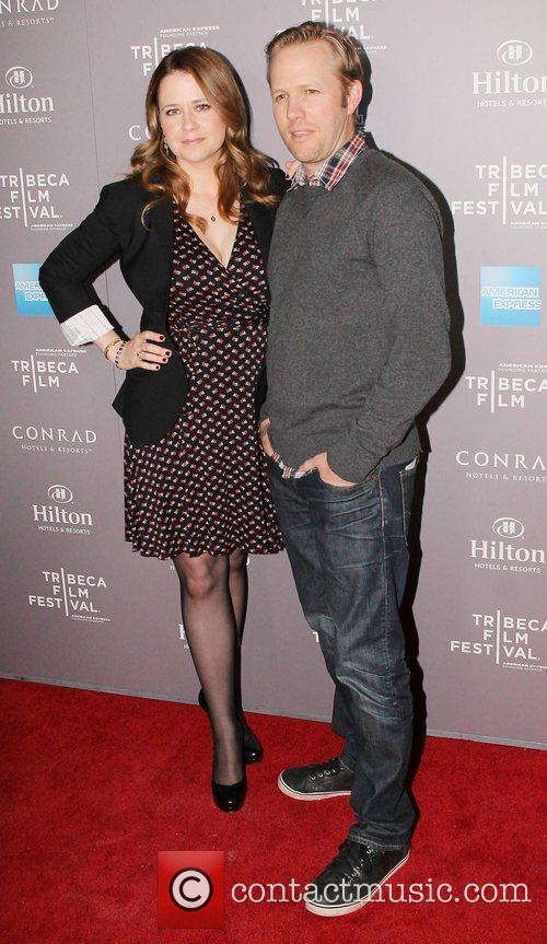 Jenna Fischer and Beverly Hilton Hotel 3
