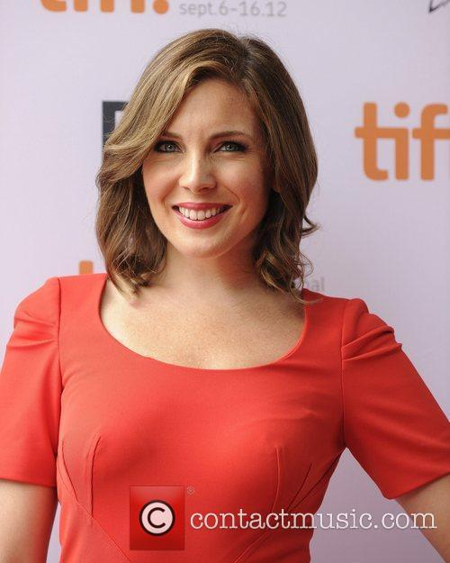 The 37-year old daughter of father John Raphael and mother Diane Raphael, 175 cm tall Jun Diane Raphael in 2017 photo