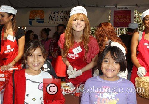 Bella Thorne, Fans and Los Angeles Mission 3