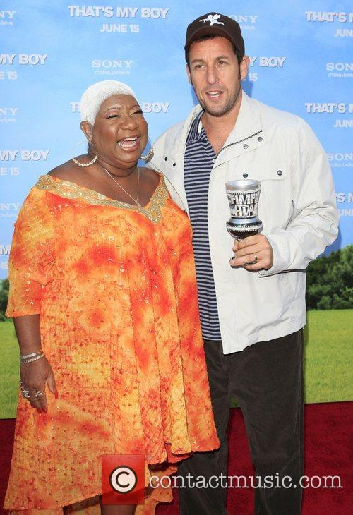 adam sandler and luenell campbell premiere of 3927323