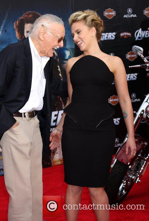 Stan Lee and Scarlett Johansson 3