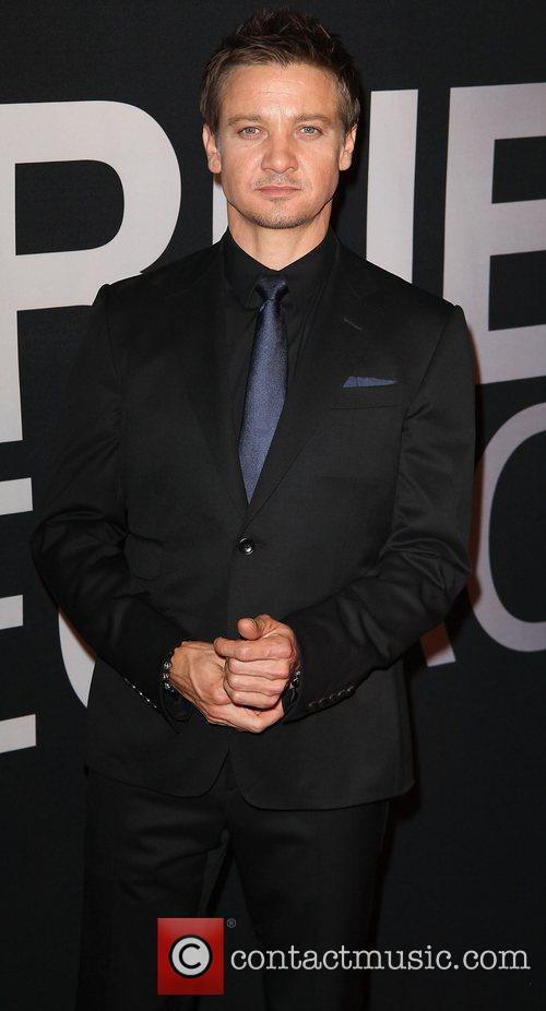 Jeremy Renner and Ziegfeld Theatre 8