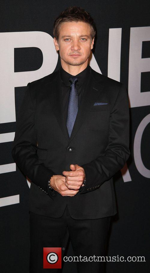 Jeremy Renner and Ziegfeld Theatre 10