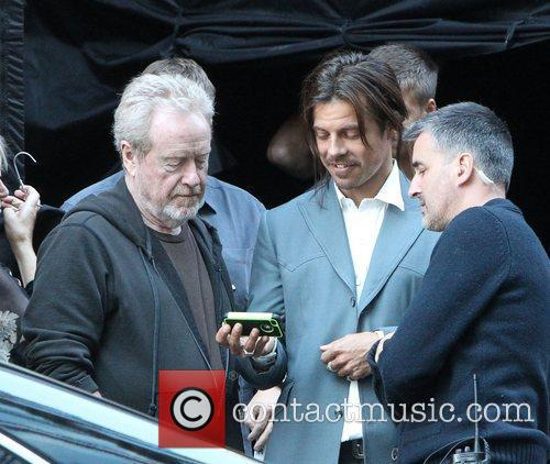 Ridley Scott and Brad Pitt 2