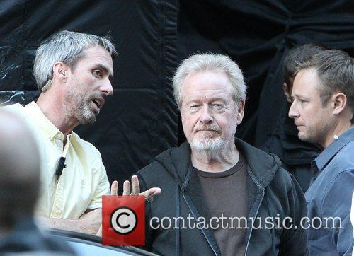 director ridley scott on the set of 4066482