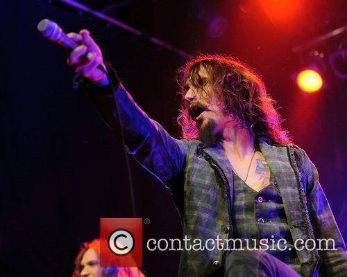 Justin Hawkins, Phoenix and The Darkness 3