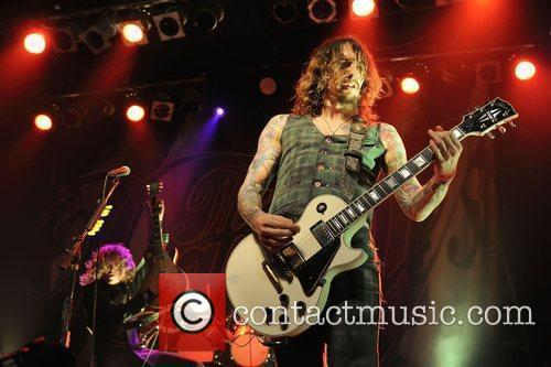 Justin Hawkins, Phoenix and The Darkness 4