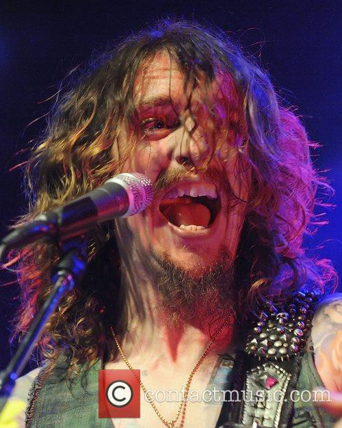 Justin Hawkins, Phoenix and The Darkness 9
