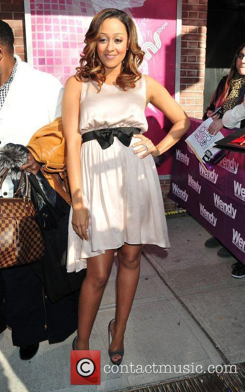 tia mowry the cast of bets the 5777123