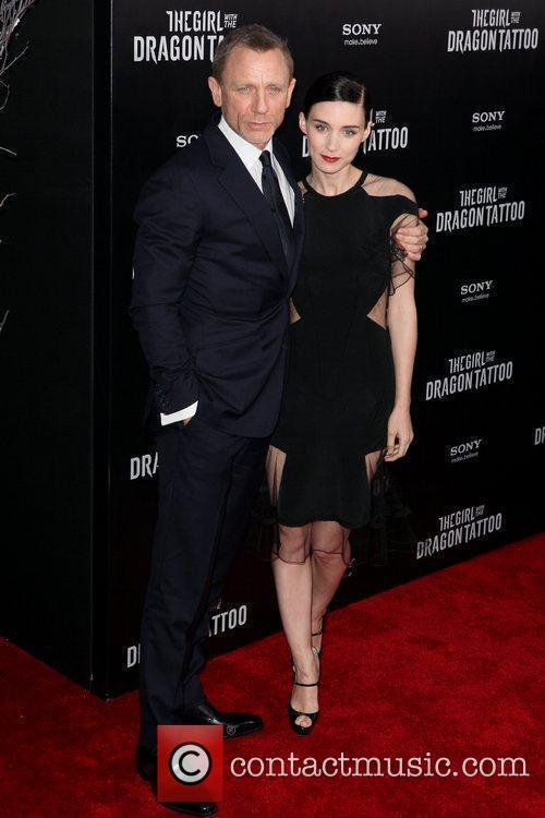 Daniel Craig and Rooney Mara 6