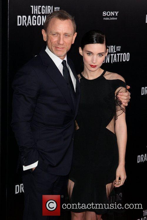 Daniel Craig and Rooney Mara 9