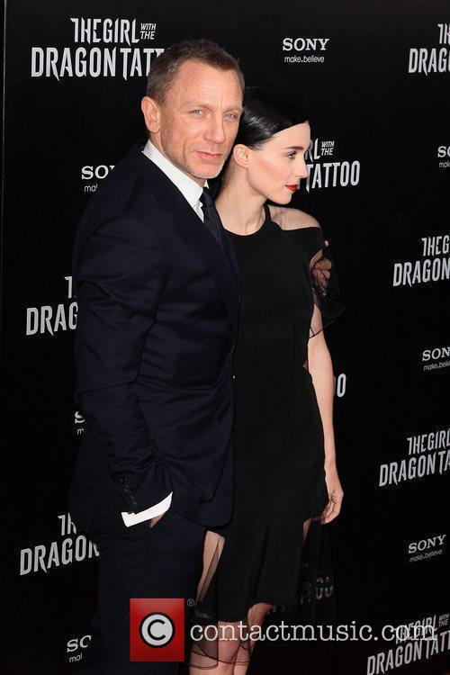 Daniel Craig and Rooney Mara 8