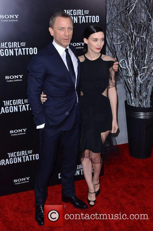 Daniel Craig and Rooney Mara 3