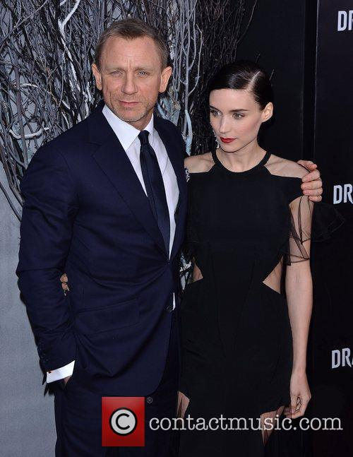 Daniel Craig and Rooney Mara 2