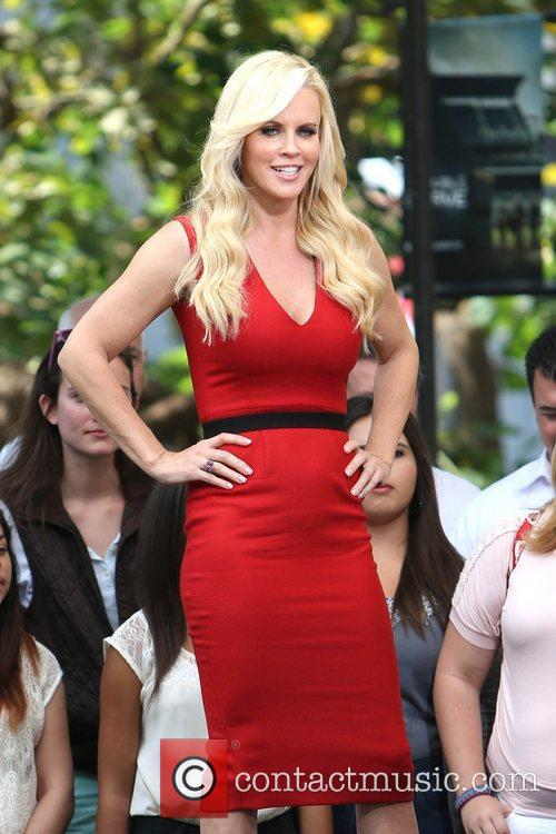 Jenny McCarthy, Extra and The Grove 22