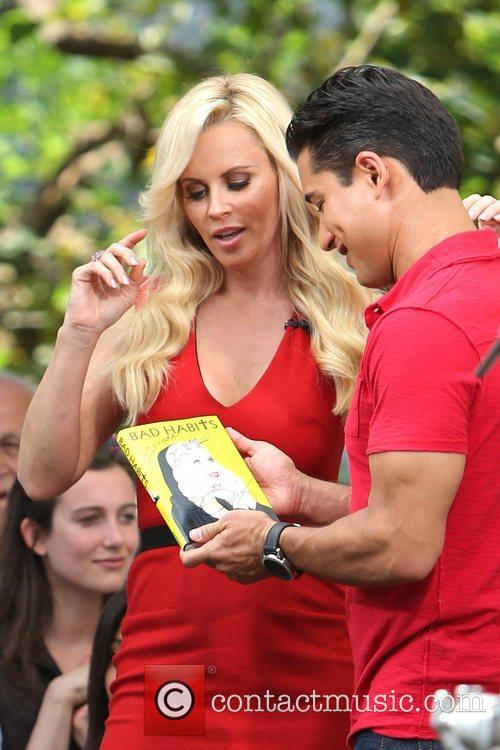 Jenny McCarthy, Extra and The Grove 29