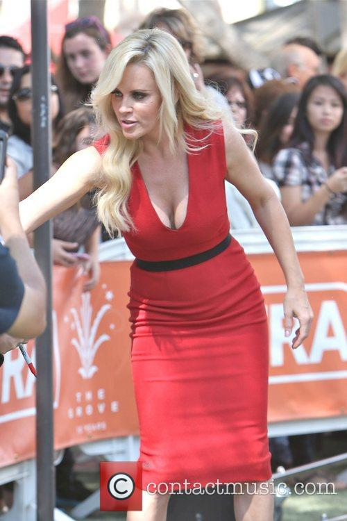 Jenny McCarthy, Extra and The Grove 15