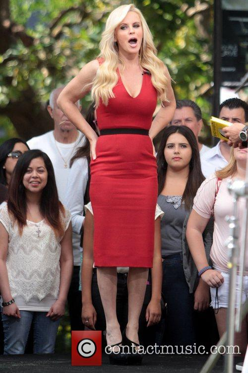 Jenny McCarthy, Extra and The Grove 37