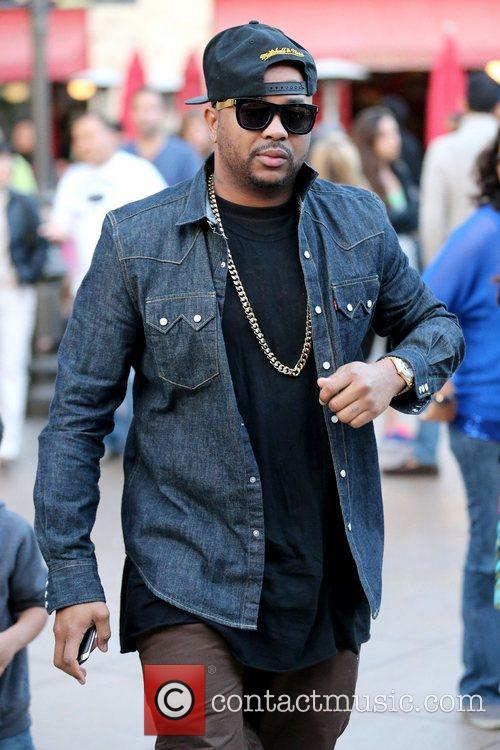 The Dream aka Terius Nash out and about...